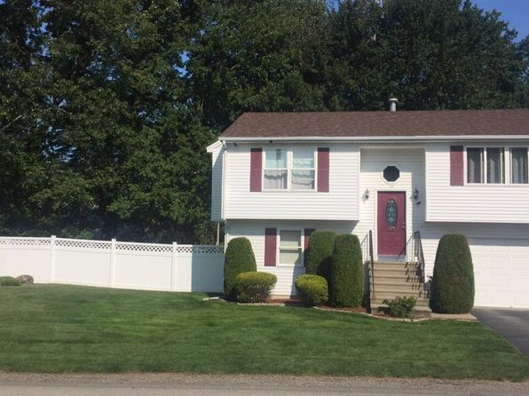 2 bed 2 bath Single Family at 14 Jaffrey St Johnston, RI, 02919 is for sale at 240k - 1 of 32
