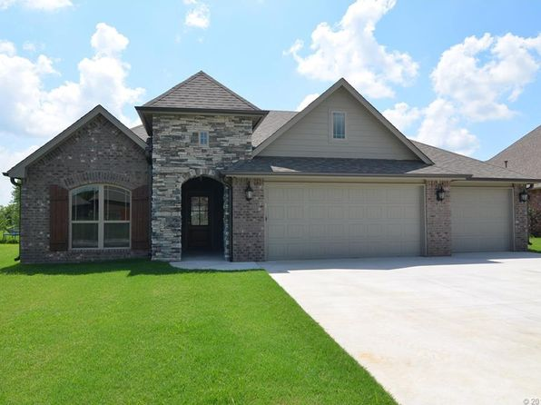 4 bed 2 bath Single Family at 25225 Creek Bank Trl Claremore, OK, 74019 is for sale at 224k - 1 of 26