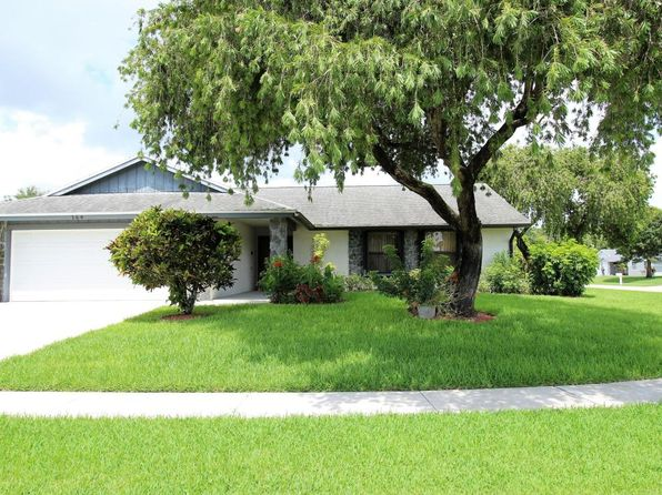 3 bed 2 bath Single Family at 164 Cordoba Cir Royal Palm Beach, FL, 33411 is for sale at 320k - 1 of 27