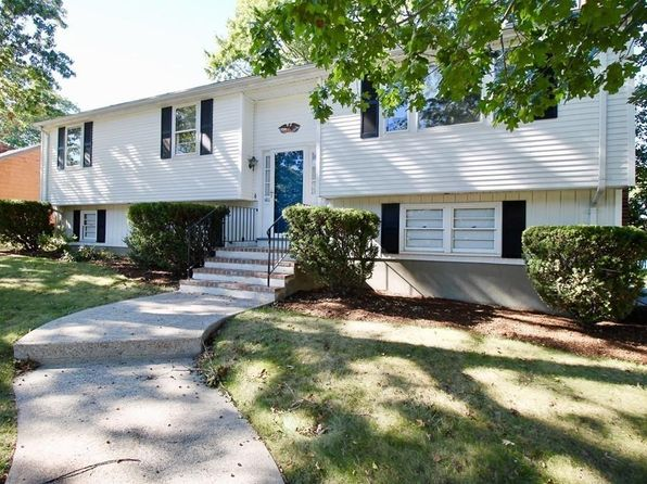 3 bed 2 bath Single Family at 102 Oak Ridge Cir Weymouth, MA, 02188 is for sale at 437k - 1 of 21