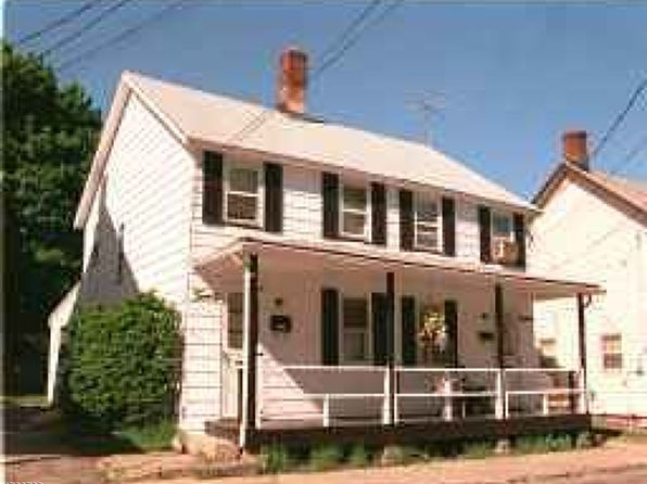 4 bed null bath Multi Family at 18 Fern Ave Wharton, NJ, 07885 is for sale at 300k - 1 of 24