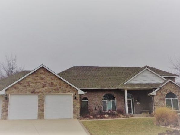 2 bed 3 bath Single Family at 13710 E Gilbert St Wichita, KS, 67230 is for sale at 289k - 1 of 9