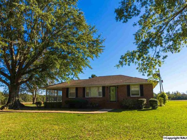 2 bed 1 bath Single Family at 1798 County Road 324 Trinity, AL, 35673 is for sale at 95k - 1 of 23