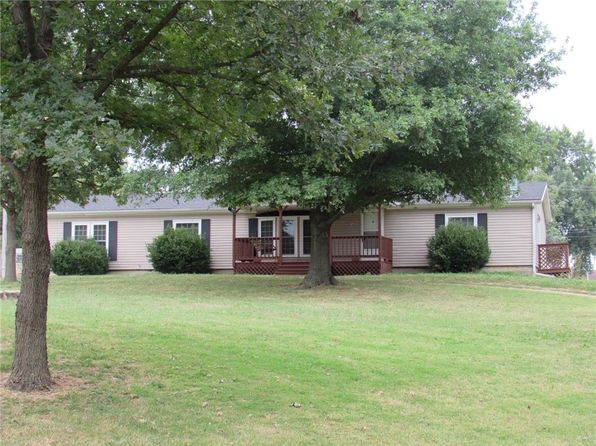 3 bed 2 bath Single Family at 427 Madison St Pomona, KS, 66076 is for sale at 130k - 1 of 25