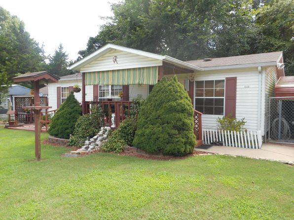 3 bed 2 bath Mobile / Manufactured at 1020 Stegall Rd Merriam Woods Village, MO, 65740 is for sale at 68k - 1 of 27
