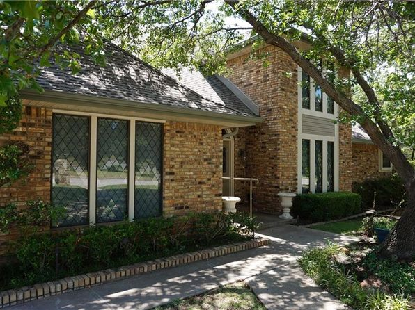 4 bed 3 bath Single Family at 1517 Mimosa Cir Graham, TX, 76450 is for sale at 290k - 1 of 30