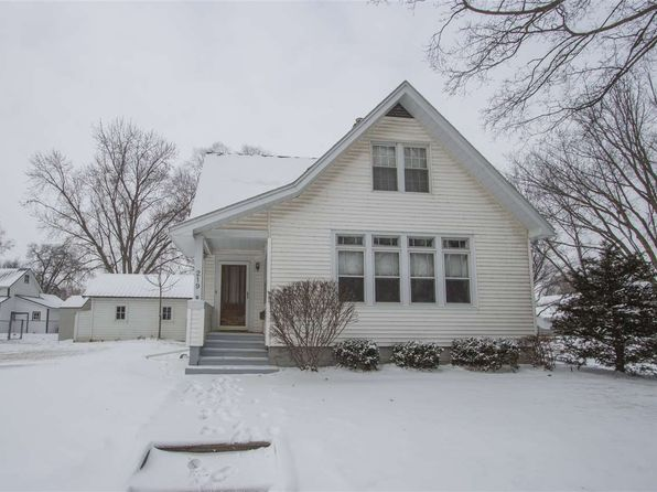 4 bed 2 bath Single Family at 219 4th St NW Waverly, IA, 50677 is for sale at 125k - 1 of 18