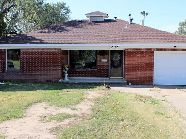 3 bed 1 bath Single Family at 1202 S Alabama St Amarillo, TX, 79102 is for sale at 115k - 1 of 18