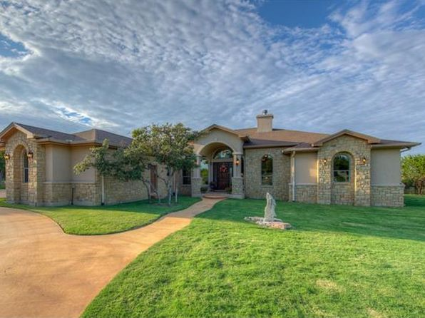 4 bed 3 bath Single Family at 108 Oak Bnd Burnet, TX, 78611 is for sale at 499k - 1 of 30
