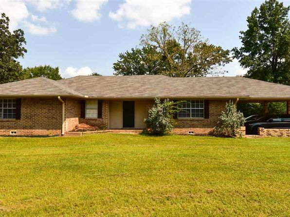 3 bed 2 bath Single Family at 348 Christie Rd Diana, TX, 75640 is for sale at 189k - 1 of 21