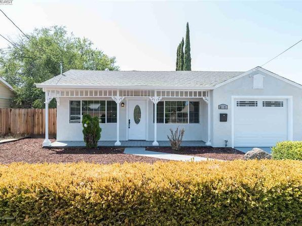3 bed 1 bath Single Family at 617 Adelle St Livermore, CA, 94551 is for sale at 600k - 1 of 20