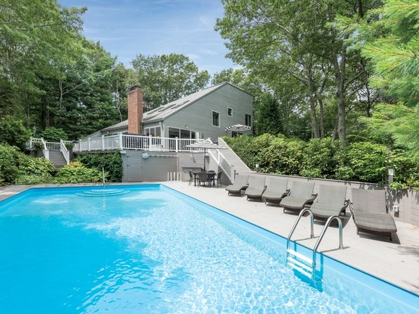 4 bed 3 bath Single Family at Undisclosed Address East Hampton, NY, 11937 is for sale at 1.55m - 1 of 19