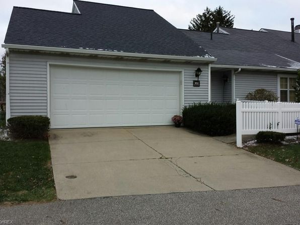 2 bed 3 bath Condo at 911 Foxhollow Ct Akron, OH, 44313 is for sale at 188k - 1 of 26