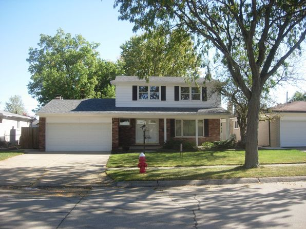 4 bed 2 bath Single Family at 30310 Valenti Dr Warren, MI, 48088 is for sale at 197k - 1 of 10