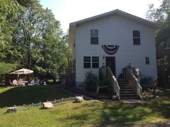 3 bed 2 bath Single Family at 10996 Old Freesoil Rd Manistee, MI, 49660 is for sale at 289k - 1 of 23