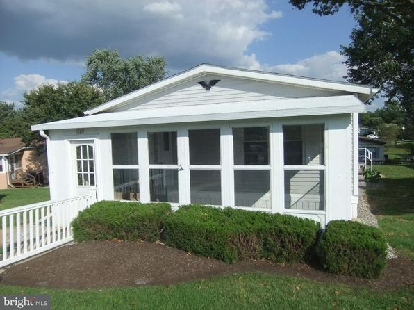 2 bed 2 bath Mobile / Manufactured at 249 Cherrywood Ct North Wales, PA, 19454 is for sale at 90k - 1 of 25