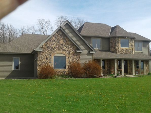 4 bed 3 bath Single Family at W1932 Butler Rd Rubicon, WI, 53078 is for sale at 440k - 1 of 7