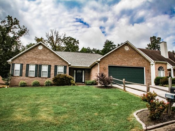 3 bed 2 bath Single Family at 2407 Blue Meadow Ln Knoxville, TN, 37932 is for sale at 200k - 1 of 5