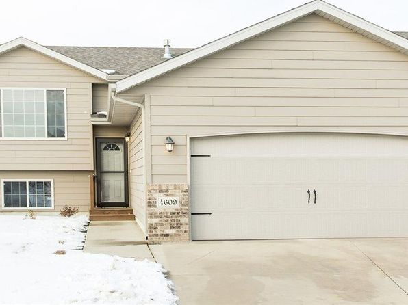 3 bed 2 bath Single Family at 4609 S Klein Ave Sioux Falls, SD, 57106 is for sale at 191k - 1 of 20