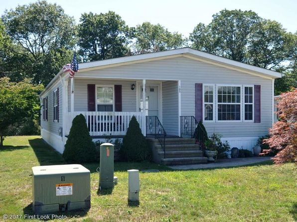 2 bed 2 bath Single Family at 185 Little Pond Rd South Kingstown, RI, 02879 is for sale at 140k - 1 of 26