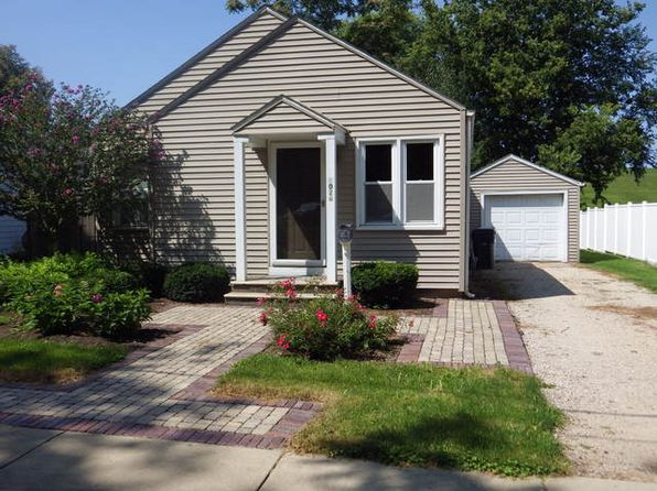 2 bed 1 bath Single Family at 1026 Kiersted St Morris, IL, 60450 is for sale at 98k - 1 of 25
