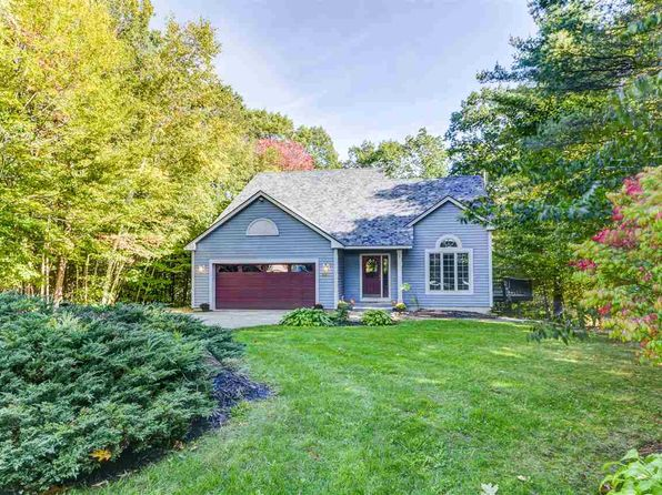 3 bed 3 bath Single Family at 221 COUNTRY RD CONWAY, NH, 03818 is for sale at 375k - 1 of 38