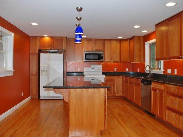 4 bed 3 bath Single Family at 39 Nash Pl Burlington, VT, 05401 is for sale at 469k - 1 of 36