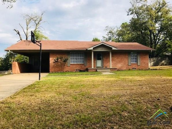 3 bed 2 bath Single Family at 208 W MCDAVID ST OVERTON, TX, 75684 is for sale at 125k - 1 of 21