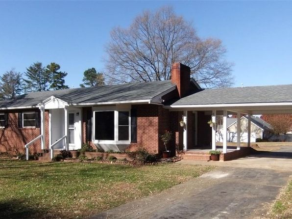 3 bed 1 bath Single Family at 2261 Pisgah Church Rd Kernersville, NC, 27284 is for sale at 144k - 1 of 18