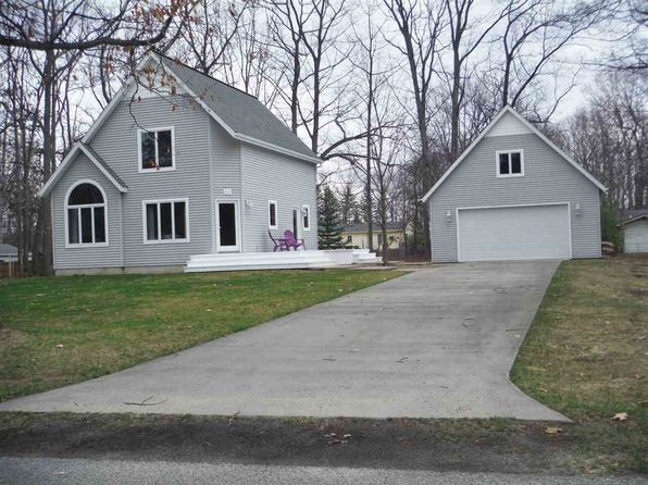 2 bed 2 bath Single Family at 218 Chippewa Trl Prudenville, MI, 48651 is for sale at 130k - 1 of 26