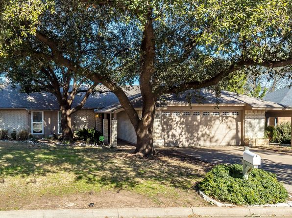 3 bed 2 bath Single Family at 2007 Bay Oaks Dr Arlington, TX, 76012 is for sale at 200k - 1 of 25