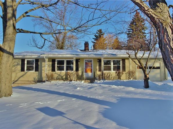 3 bed 2 bath Single Family at 1 Brister Ave Auburn, NY, 13021 is for sale at 160k - 1 of 14
