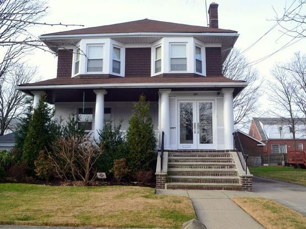 4 bed 3 bath Single Family at 267 Beach 141st St Rockaway Park, NY, 11694 is for sale at 1.25m - google static map