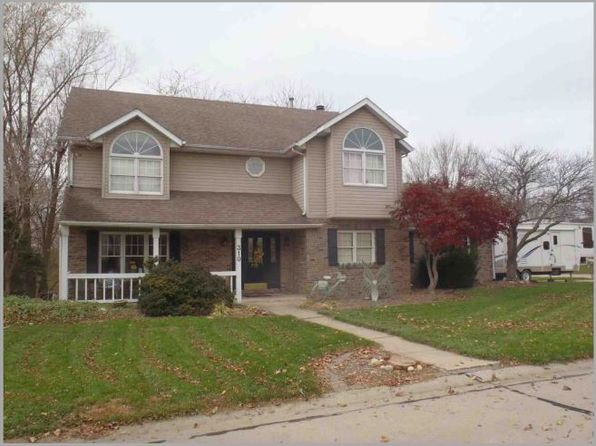 4 bed 4 bath Single Family at 310 Devonshire Ct Highland, IL, 62249 is for sale at 219k - 1 of 13