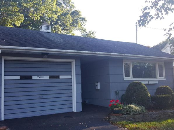2 bed 1 bath Single Family at 15 Mohican Ter Hudson Falls, NY, 12839 is for sale at 125k - 1 of 23