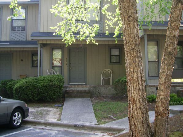 2 bed 3 bath Townhouse at 1204 N Forest Dr Fayetteville, NC, 28303 is for sale at 51k - 1 of 2