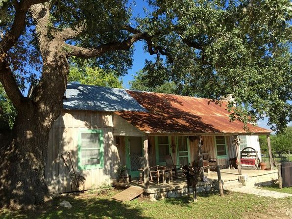 2 bed 1 bath Single Family at 210 9th St Bandera, TX, 78003 is for sale at 185k - 1 of 13