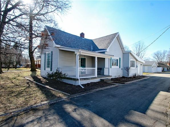 3 bed 2 bath Single Family at 601 S Union St Westfield, IN, 46074 is for sale at 188k - 1 of 26