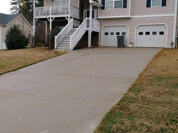 3 bed 2 bath Single Family at 1470 Cedar Hl Douglasville, GA, 30134 is for sale at 150k - 1 of 12