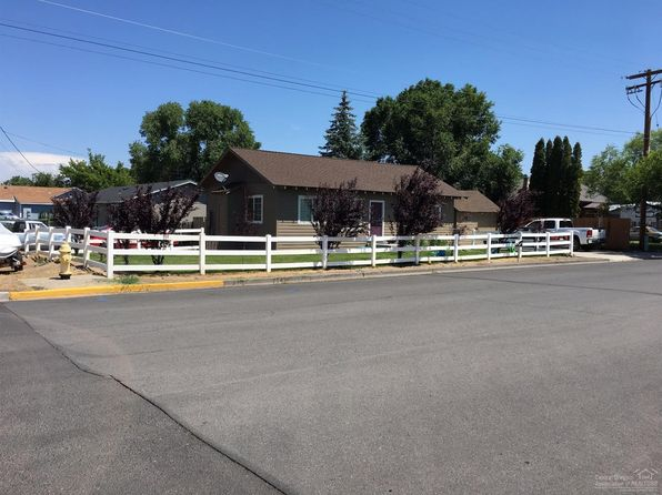 2 bed 1 bath Single Family at 327 NW Elm Ave Redmond, OR, 97756 is for sale at 193k - 1 of 14