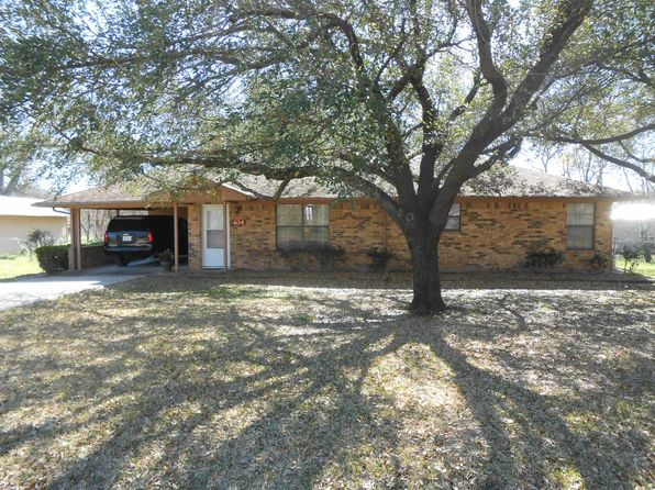 3 bed 3 bath Single Family at 404 E 11th St Kemp, TX, 75143 is for sale at 135k - 1 of 14