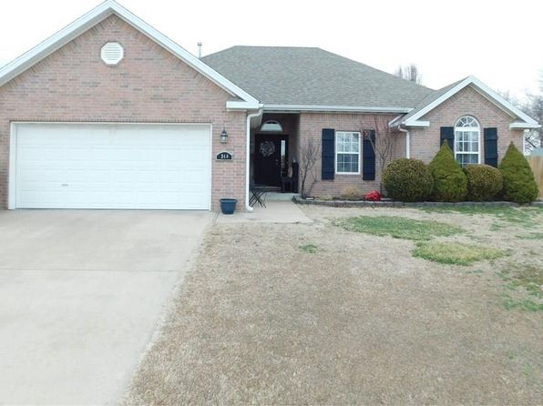 4 bed 2 bath Single Family at 348 MCGEEHEE LN SPRINGDALE, AR, 72762 is for sale at 190k - 1 of 24