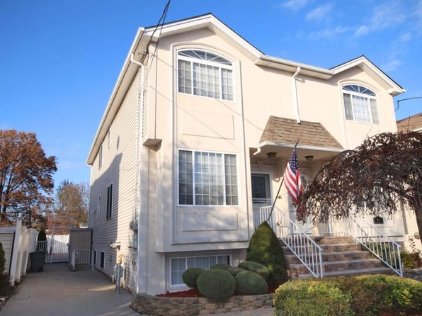 3 bed 3 bath Single Family at 51 Pond St Staten Island, NY, 10309 is for sale at 619k - 1 of 19