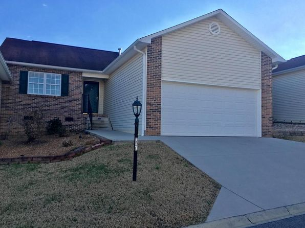 2 bed 2 bath Condo at 330 Executive Meadows Dr Lenoir City, TN, 37771 is for sale at 135k - 1 of 14