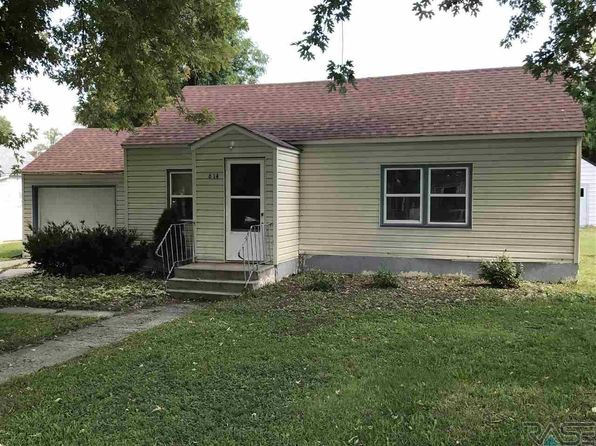2 bed 1 bath Single Family at 614 Louisiana Ave Adrian, MN, 56110 is for sale at 62k - 1 of 14