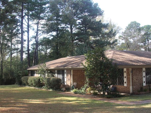 3 bed 2 bath Single Family at 332 Hall Dr Longview, TX, 75605 is for sale at 230k - 1 of 22
