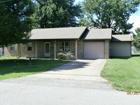3 bed 1.5 bath Single Family at 206 E Patrick St Marion, IL, 62959 is for sale at 89k - 1 of 20