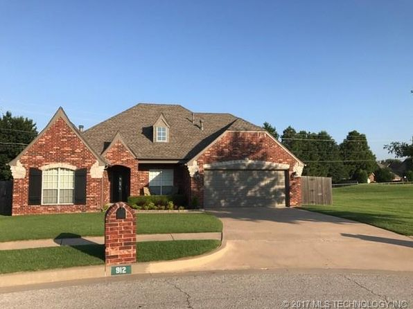 3 bed 2 bath Single Family at 912 W Juneau St Broken Arrow, OK, 74012 is for sale at 220k - 1 of 25