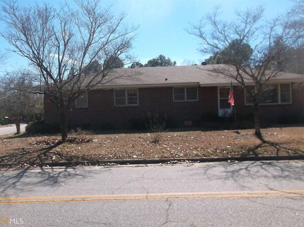 3 bed 2 bath Single Family at 606 Elton St Claxton, GA, 30417 is for sale at 95k - 1 of 24