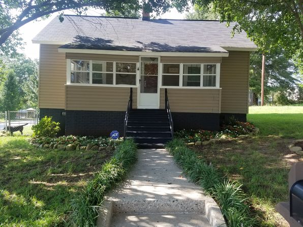 2 bed 1 bath Single Family at 1 G St Inman, SC, 29349 is for sale at 75k - 1 of 4